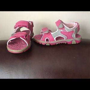 KHOMBU shoes for girl
